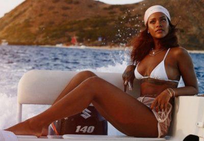 """Na prezantoi linjën me produktet e bukurisë, por shikoni si duket Rihanna, """"Ujë dhe Sapun"""" (VIDEO)"""