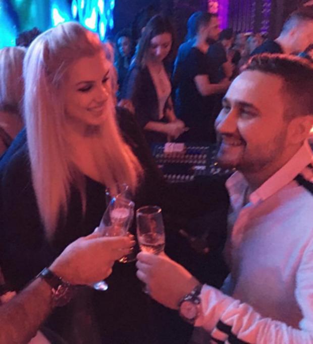 VERË DHE ROMANCA/ Pas gjithë peripecive, duket se Viola Spiro dhe i dashuri do të … (FOTO/VIDEO)