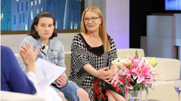 Shumë vite pas lindjes, Zamira Kita pranon atë që gratë shqiptare s'para e thonë: Kalova në…