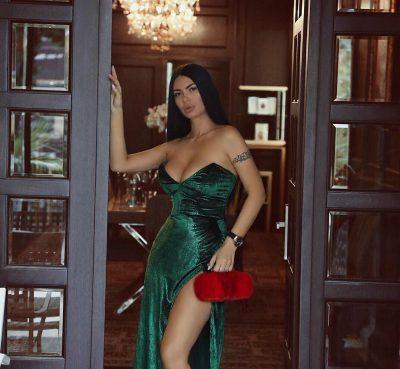 """Zaimina Vasjari zbulon prapaskenat e """"Miss Shqipëria 2002"""": """"Nuk kam qenë e pjekur, por…""""(VIDEO)"""