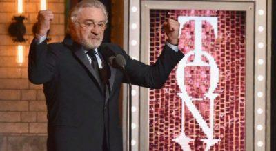 """TRONDITI AUDIENCËN/ Robert De Niro shpërthen kundër Trump në Tony Awards: """"F**k…."""