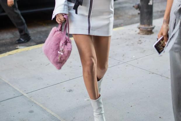 Na besoni! Me këto çizme dimërore do të dukeni plot stil edhe në verë (FOTO)