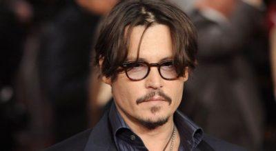 """Legjendari i """"PIRATEVE TË KARAIBEVE"""" Johnny Depp sot feston ditëlindjen, mbush plotë…"""