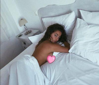 E akuzoi për photoshop në pozën përvëluese me bikini, Françeska Jaçe i kthehet KEQ fanses: Na plasët… (FOTO)