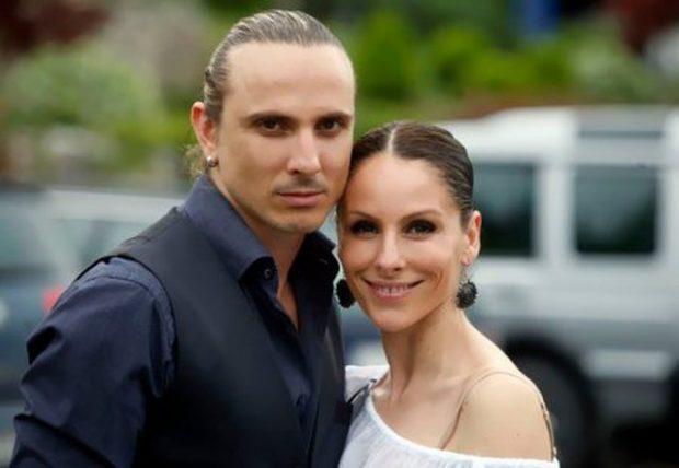 Çifti i famshëm shqiptar tregon vështirësitë ekonomike: Jetojmë në një shtëpi me prindërit…