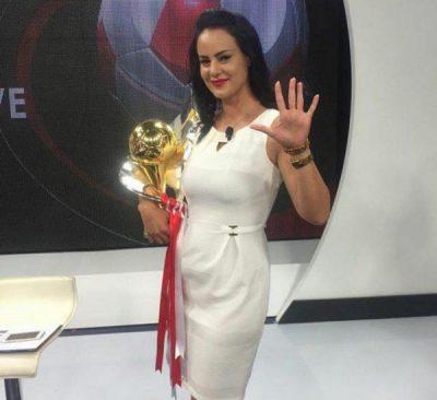 Moderatorja shqiptare na habit me fjalët për të bijën: Nuk do t'ja dijë çfarë është Instagrami dhe moda