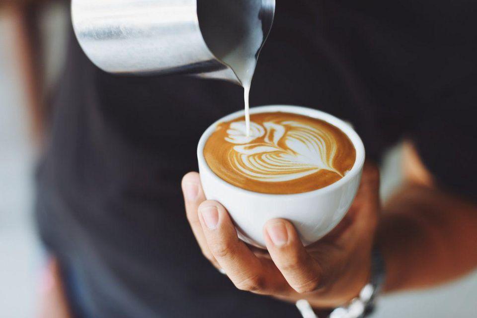 Çmime të kripura, do çuditeni sa kushton një filxhan kafe në këto qytete të botës