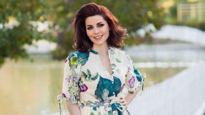 """Jonida Shehu emision të ri në televizionin """"Klan""""?! Moderatorja shqiptare i """"mer vendin"""" (FOTO)"""