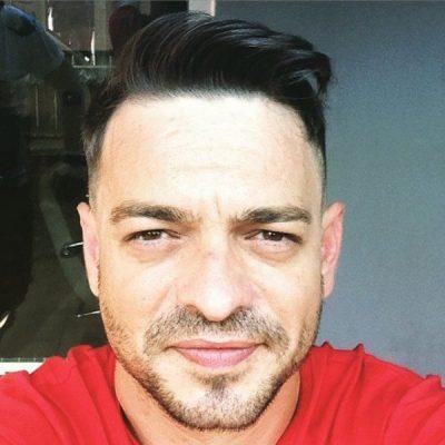 Prej kohësh larg Shqipërisë, Klajdi Musabelliu tregon për jetën e tij: Për momentin ndodhem…
