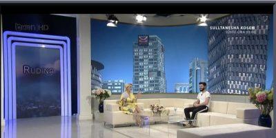 Lëvizje të reja në televizone! Moderatori shqiptar flet për emisionin e ri që do të nisi…