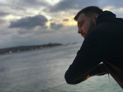 """Përlot Klajdi Haruni me dedikim e ndjerë: """"Çfarë nuk do të jepja për të kthyer kohën pas…"""" (FOTO/VIDEO)"""