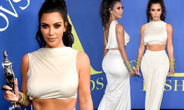 """Merr çmimin e modës, Kim Kardashian: """"Por unë jam e zhveshur…""""(FOTO)"""