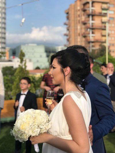 Në muajin e 6 të shtatzënisë moderatorja shqiptare i jep fund beqarisë! Shikoni sa e bukur duket (FOTO)