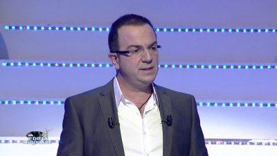 """""""Po pse gënjeni?"""" Ardit Gjebrea revoltohet me dhuratën më të pakëndshme që i erdhi për ditëlindjen (VIDEO)"""