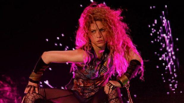 Pas 7 vitesh rikthehet Shakira në skenë: Kisha dyshime nëse mund të këndoj sërish