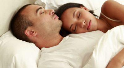 STUDIM/ Gratë apo burrat, kush ka nevoj më shumë për gjumë