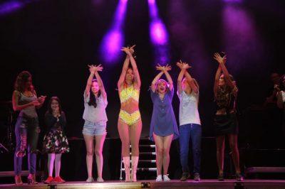 Çlirim Peka: O burra ku*va, që mërziteni pse Rita Ora vjen për koncert në Tiranë. Le ta kenë paguar dhe…