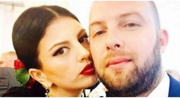 Rudina Dembacaj publikon FOTO romantike krah bashkëshortit: Shoku im dhe karroca…