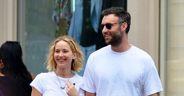 Jennifer Lawrence shfaqet në publik me të dashurin e ri (FOTO)