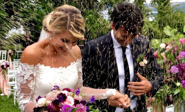 Oriz dhe lot! Kledi Kadiu na pasqyron dasmën nëpërmjet FOTOVE. Ja çfarë nuk pamë… (FOTO)