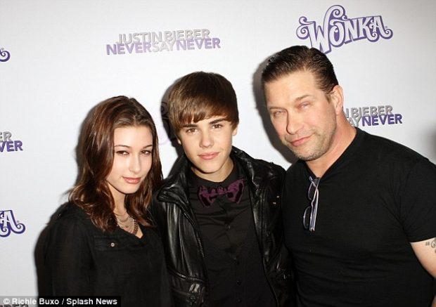 Takimi i parë: Kur Justin Bieber pa për herë të parë Hailey Baldwin në 2009-n (FOTO)