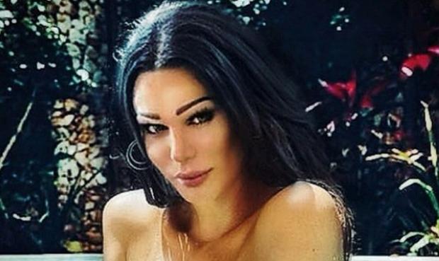 Linda Rei habit fansat, tregon me detaje si i kryen marrëdhëniet seksuale (FOTO)