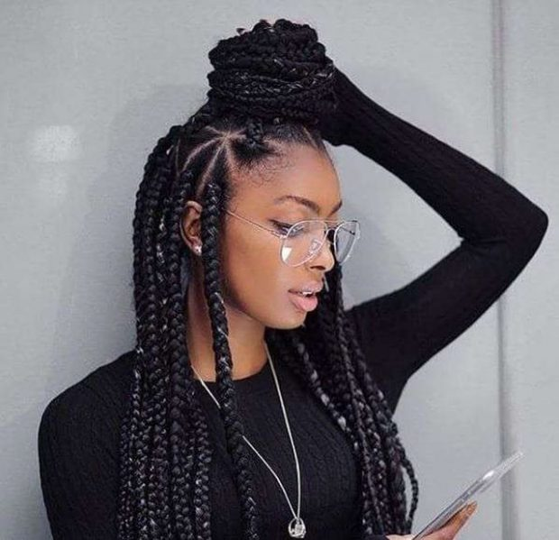 GËRSHETAT TREKËNDËSH/ Shihni si të realizoni modelin më cool të flokëve (VIDEO)