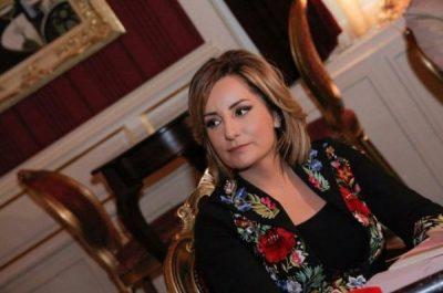 Beti Njuma tregon hapat e parë në gazetari: Adi Krasta i pari që besoi tek unë