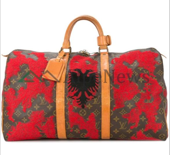 """E PABESUESHME/ Xhaka dhe Shaqiri """"frymëzojnë"""" Luis Vuitton-in për çantën me shqiponjën DYKRENARE (FOTO)"""