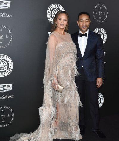 Chrissy Teigen rrëfen si ia plasi të qarit nga xhelozia në sheshxhirimin e klipit të John Legend