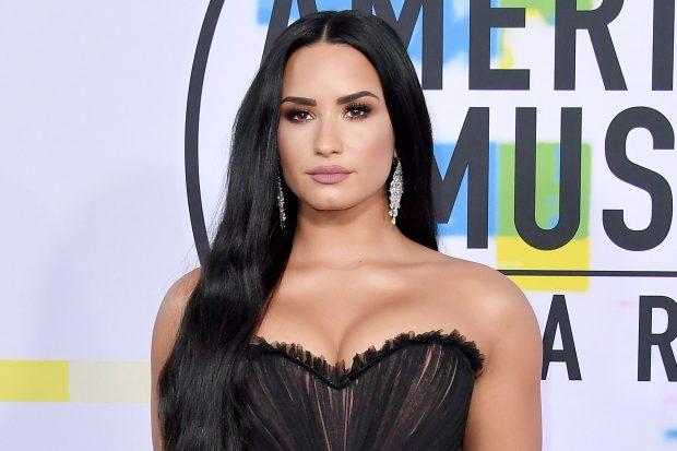 E BIJA KALOI NË MBIDOZË/ Flet për herë të parë nëna e Demi Lovato