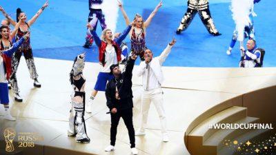 E MAHNITSHME! Era Istrefi elektrizon Rusinë në finalen e Botërorit dhe s'duhet humbur! (VIDEO)