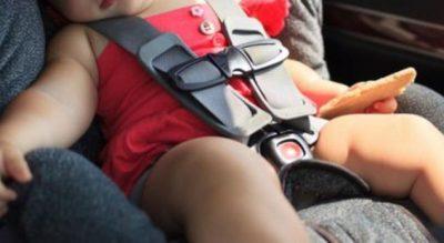 E lanë për orë të tëra në makinë, VDES foshnja 17 muajshe