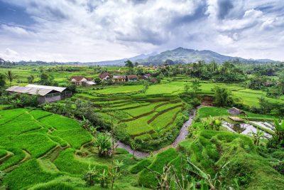 Përse ky ishull është shpallur si më i bukuri në botë?