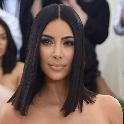 Tashmë e kthen në modë vetë Kim Kardashian atë çfarë nënat tona kanë bërë vite më parë… (FOTO)