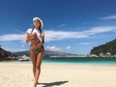 Flet për herë të parë modelja e njohur shqiptare: Babai refuzonte të isha pjesë e…