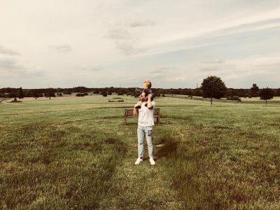 Ledion Liço një baba shembullor! Ja çfarë bën ai me Londonin e vogël (FOTO)