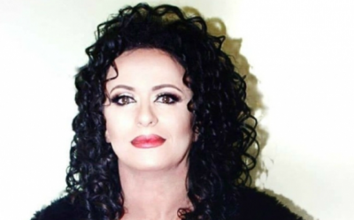Tani është shumë e njohur, por shihni si dukej Linda Morina vite para se të bëhej e famshme (FOTO)