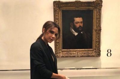 Victoria Beckham nuk pyet për të nxehtin/ Gjatë verës nuk i ndahet ngjyrës së zezë (FOTO)