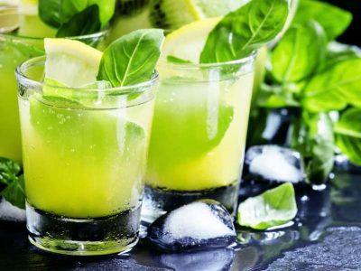 Shurup me borzilok, receta për të luftuar kollën dhe dhimbjen e fytit. Edhe në verë