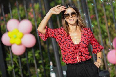 """Pas largimit të Anjeza Majës/ Zbulohet  kush do të zvendësoi moderatoren në """"Top Chanel"""" (FOTO)"""