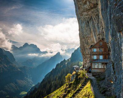 """""""Vendi më i bukur në botë"""" mbetet pa kafexhiun e restorantit"""