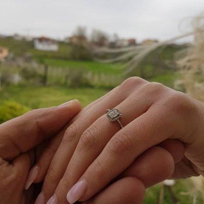 U fejua 6 muaj pasi e njohu/ Këngëtari shqiptar flet për fëmijën e parë me partneren (FOTO)