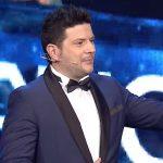 """""""SI I SHTROHET RRUGA GRUAS…/ Ermal Mamaqi publikoi videon me mesazh të fortë: Na bëri të dukemi…"""