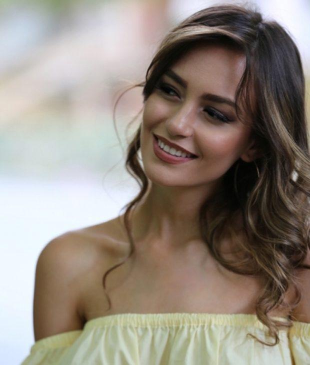Eva Murati ndryshon komplet pamje/ Ja si duket moderatorja (FOTO)
