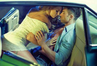 Rrëfehet 19 vjeçarja: Kam bërë seks të egër me një koleg në makinën e tij por tani…