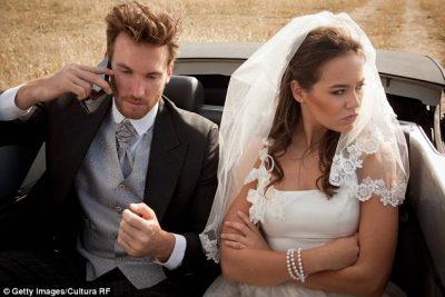 Nusja anulon dasmën 4 ditë para ceremonisë/ Të ftuarit nuk i sollën nga 1500 dollarë