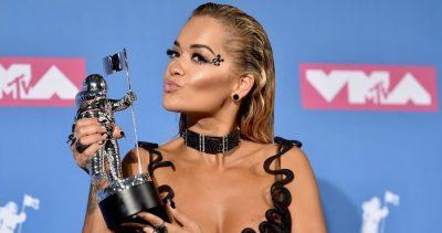 MERR FUND PRITJA E GJATË/ Rita Ora tregon datën kur do publikoj albumin e ri (FOTO)
