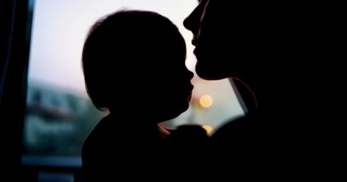 ARRESTOHET NËNA/ Po planifikonte përdhunimin e fëmijëve me të dashurin