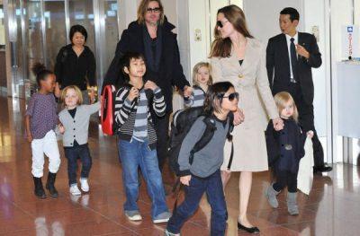 RREZIKON TË HUMBASË KUJDESTARINË E FËMIJËVE/ Angelina Jolie nxjerr Brad si të papërgjegjshëm